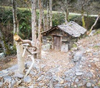Esta Navidad regala por el Mundo Rural con la Campaña #Salvaelmundorural. Regala una experiencia de ecoturismo y contribuirás con el 10% a la recuperación del «Mulín de Rusil»
